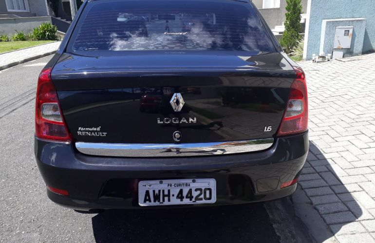 Renault Logan Expression 1.6 8V Hi-Torque (flex) - Foto #2
