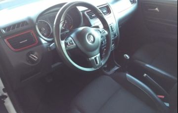 Volkswagen Fox 1.6 MSI Rock in Rio (Flex) - Foto #6