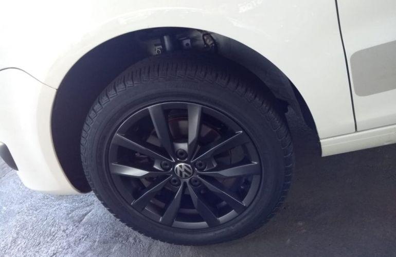 Volkswagen Fox 1.6 MSI Rock in Rio (Flex) - Foto #7