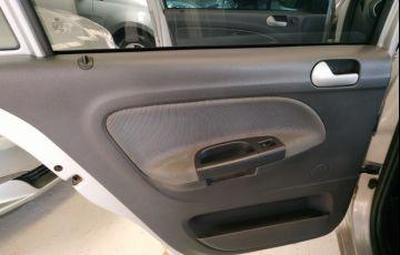 Volkswagen Gol 1.0 (G5) (Flex) - Foto #10