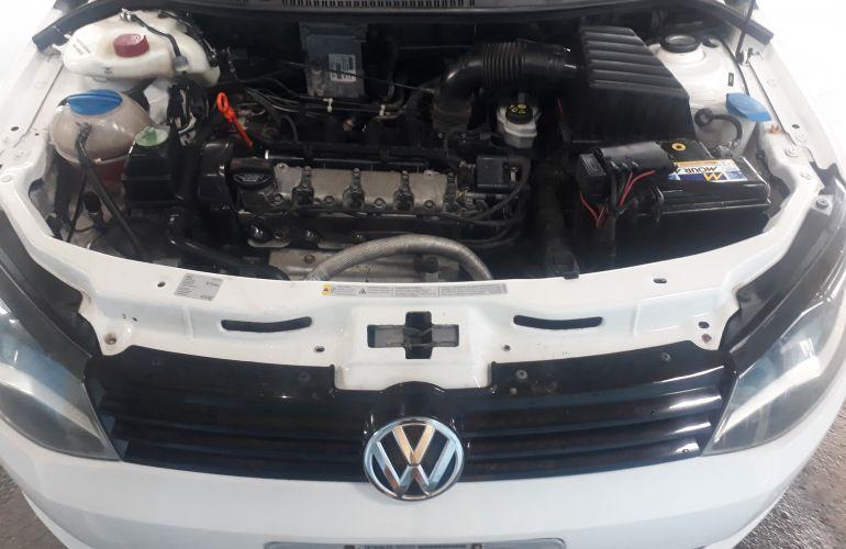 Volkswagen Voyage 1.6 VHT Highline I-Motion (Aut) (Flex) - Foto #4