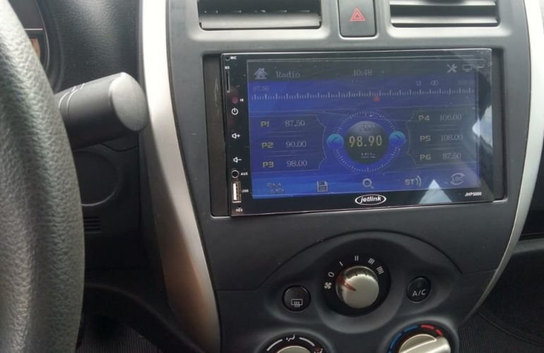 Nissan Versa 1.0 12V (Flex) - Foto #4