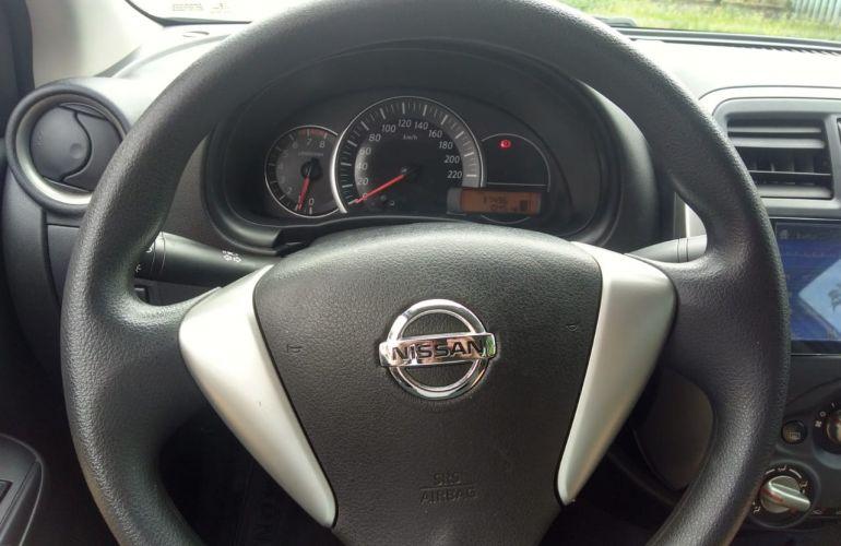 Nissan Versa 1.0 12V (Flex) - Foto #6
