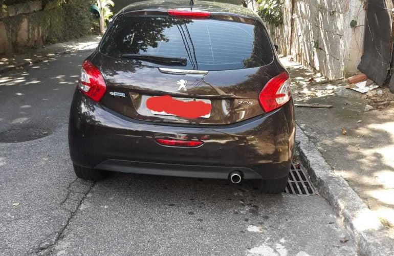 Peugeot 208 1.6 16V Griffe (Flex) (Aut) - Foto #6