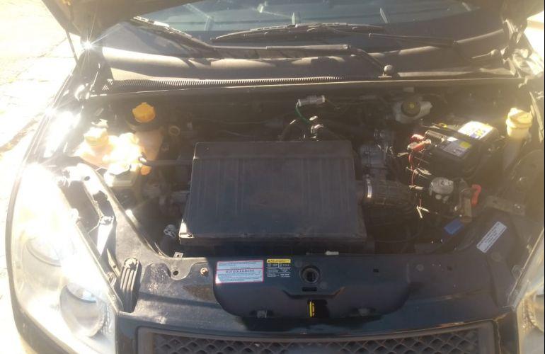 Ford Fiesta Sedan Pulse 1.0 (Flex) - Foto #2