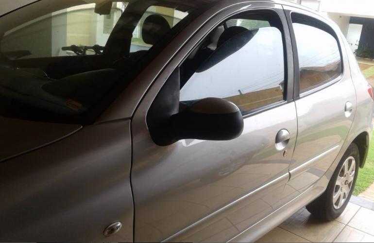 Peugeot 207 Hatch XR 1.4 8V (flex) 4p