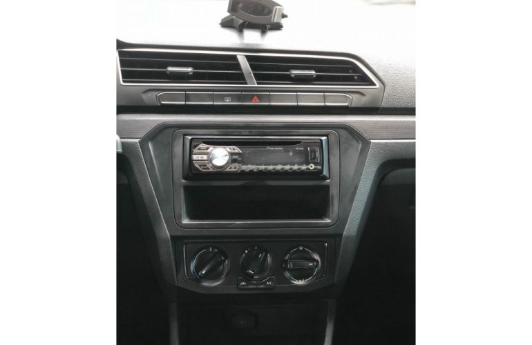 Volkswagen Fox Trendline 1.0 TEC (Flex) - Foto #8