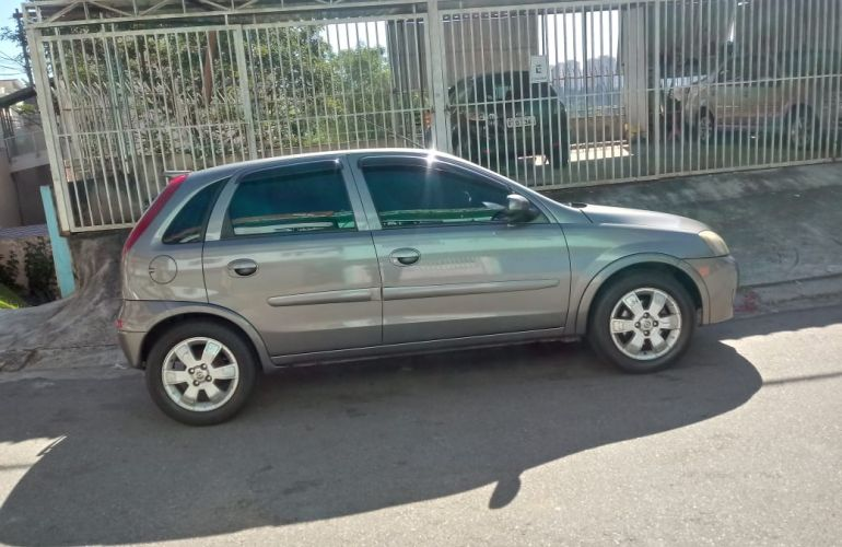 Chevrolet Corsa Hatch Premium 1.8 (Flex) - Foto #1