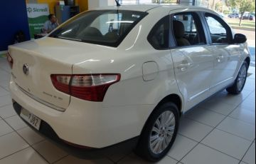 Fiat Grand Siena Essence 1.6 16V (Flex) - Foto #4