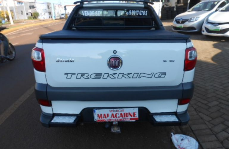 Fiat Strada Trekking 1.6 16V (Flex) (Cabine Dupla) - Foto #2