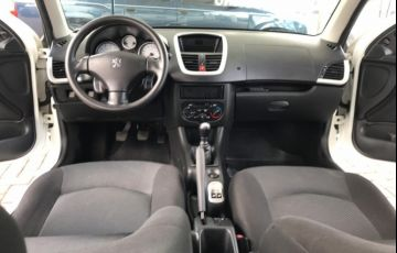 Peugeot 207 Hatch Active 1.4 (Flex) - Foto #8