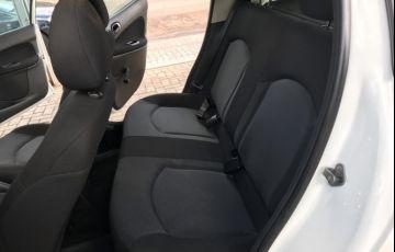 Peugeot 207 Hatch Active 1.4 (Flex) - Foto #9