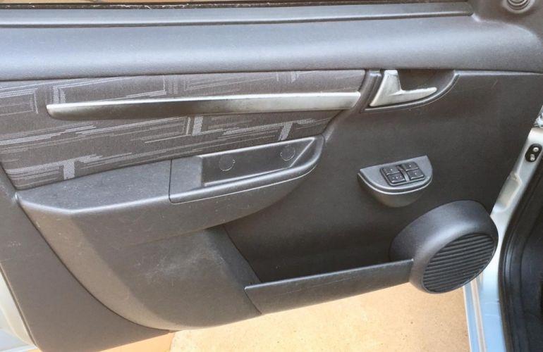 Chevrolet Prisma Maxx 1.4 (Flex) - Foto #10