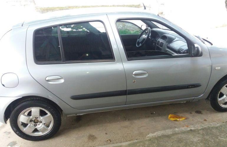 Renault Clio Hatch. Privilége 1.6 16V (flex) - Foto #1