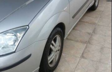Ford Focus Sedan GLX 2.0 16V Duratec (Aut)