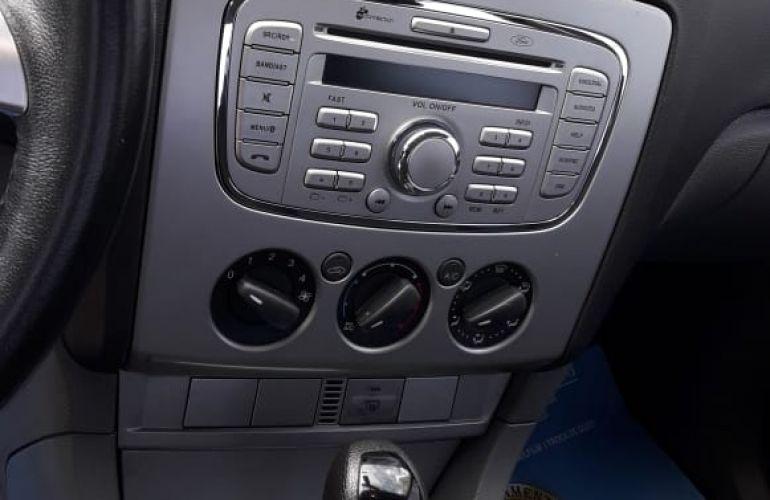 Ford Focus Sedan GLX 2.0 16V (Flex) (Aut) - Foto #3