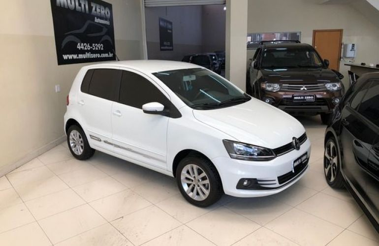 Volkswagen Fox Connect  I-MOTION  Tiptronic 1.6 - Foto #1