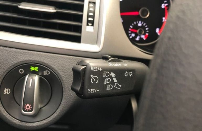 Volkswagen Fox Connect  I-MOTION  Tiptronic 1.6 - Foto #5