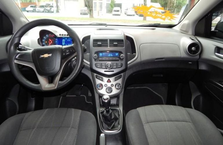 Chevrolet Sonic Sedan LTZ 1.6 MPFI 16V Flex - Foto #3