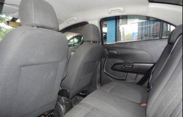 Chevrolet Sonic Sedan LTZ 1.6 MPFI 16V Flex - Foto #4