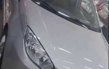 Fiat Grand Siena Essence Dualogic 1.6 16V Flex - Foto #2