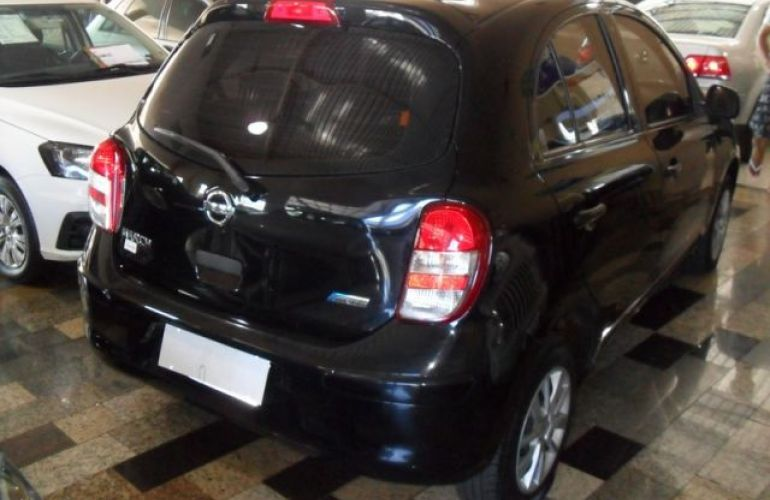 Nissan March S 1.0 12V Flex - Foto #9