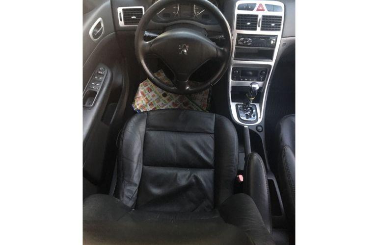 Peugeot 307 Hatch. Feline 2.0 16V (aut) - Foto #5