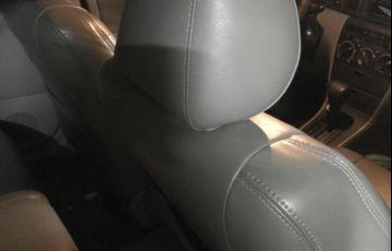 Toyota Corolla Fielder 1.8 16V (aut) - Foto #9