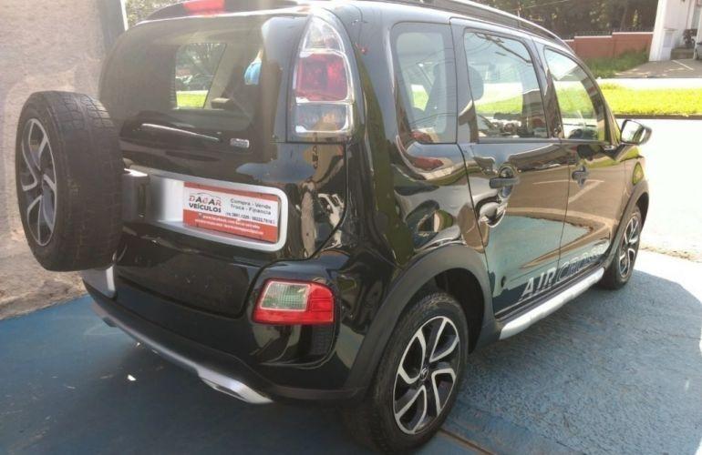 Fiat Uno Vivace 1.0 8V (Flex) 2p - Foto #9