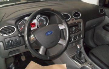 Ford Focus GL 1.6 16V Flex - Foto #4