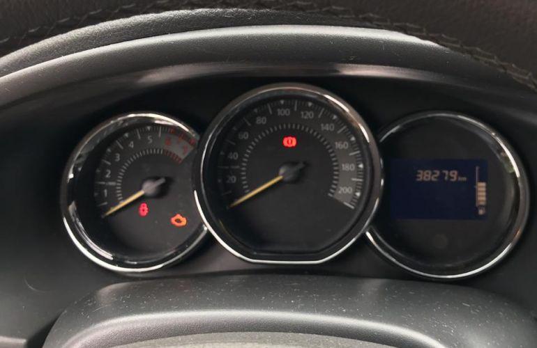 Renault Sandero Dynamique 1.6 8V - Foto #3