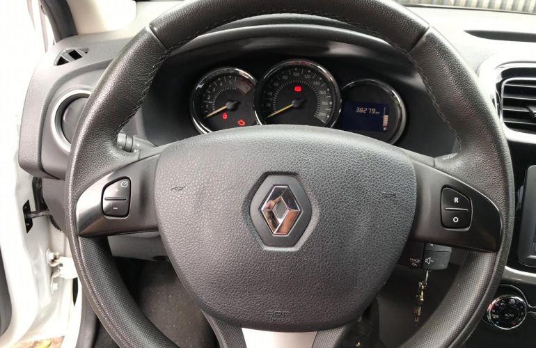 Renault Sandero Dynamique 1.6 8V - Foto #9