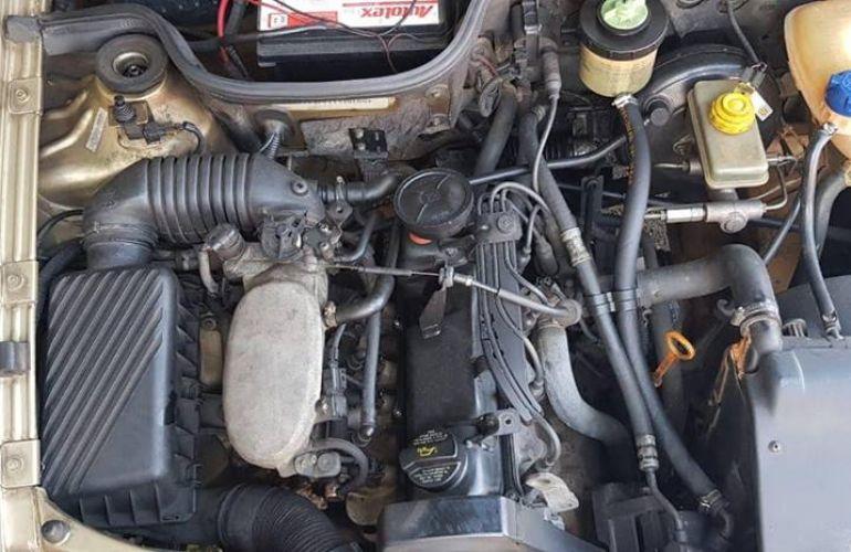 Volkswagen Parati 2.0 MI G3 - Foto #6