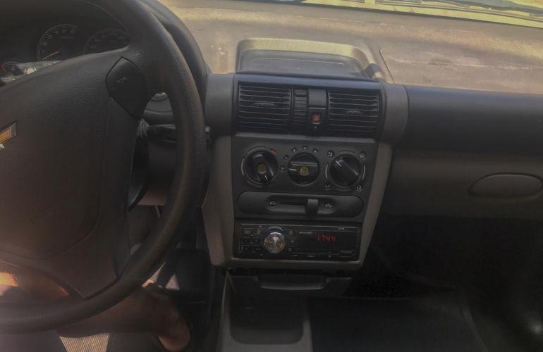 Chevrolet Classic 1.0 Advantage (Flex) - Foto #2