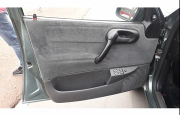 Chevrolet Corsa Wagon GL 1.6 MPFi - Foto #3