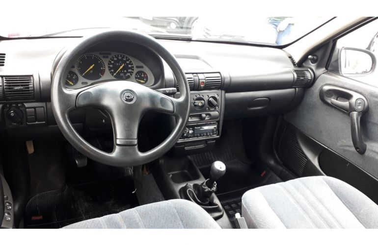 Chevrolet Corsa Wagon GL 1.6 MPFi - Foto #7