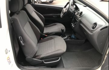 Ford Focus Hatch GLX 1.6 8V - Foto #6