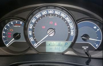 Toyota Corolla 1.8 GLi Upper Multi-Drive - Foto #6