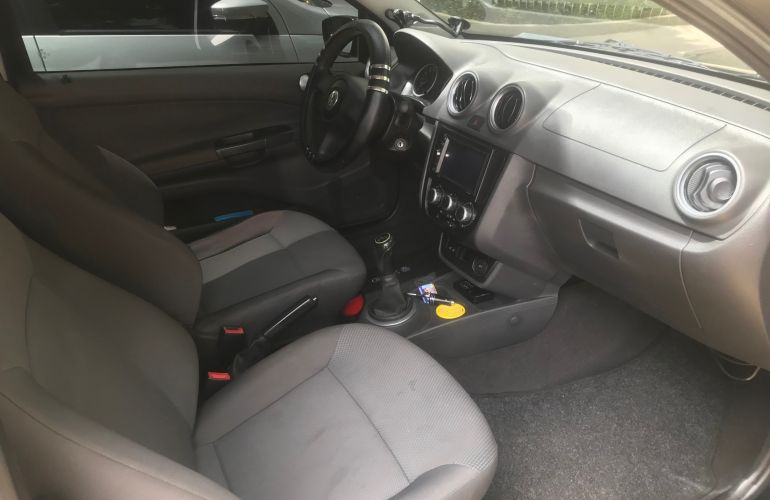 Volkswagen Saveiro 1.6  (Flex) (cab. estendida) - Foto #1