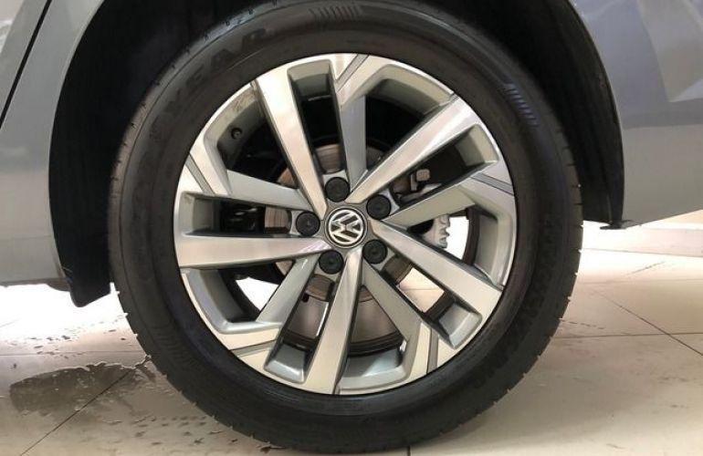 Volkswagen Virtus Highline 200 TSI - Foto #6