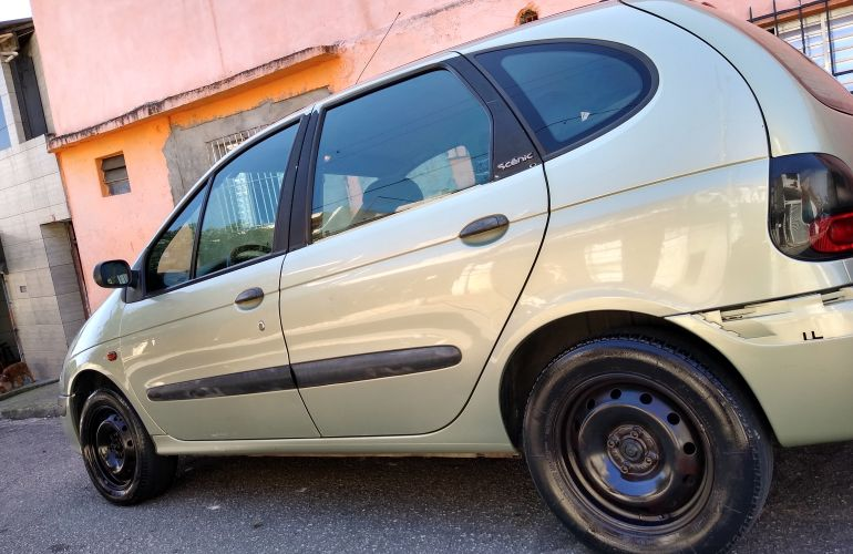 Renault Scénic RT 1.6 16V - Foto #5