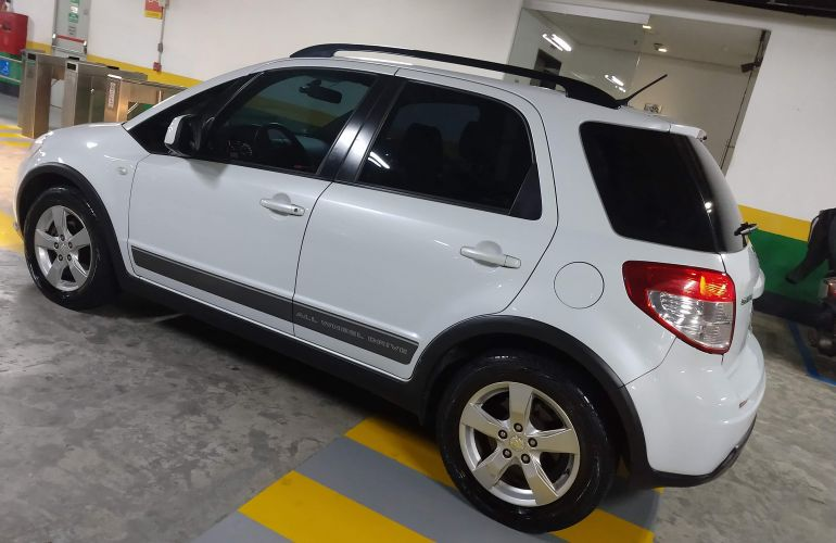 Suzuki SX4 2.0 16V AWD (Aut) - Foto #4