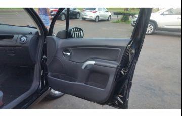 Citroën C3 GLX 1.4 8V (flex) - Foto #7