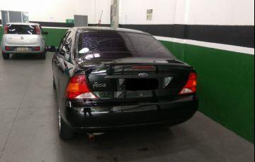 Ford Focus Sedan GLX 2.0 16V - Foto #3