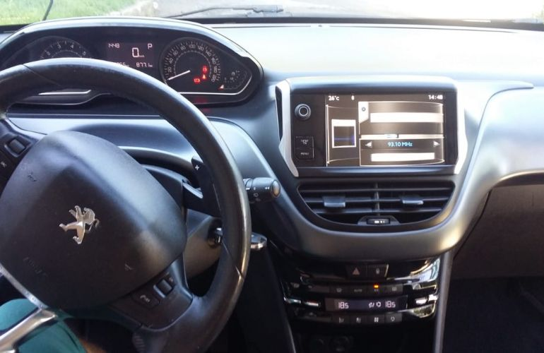 Peugeot 208 1.6 16V Griffe (Flex) (Aut) - Foto #4