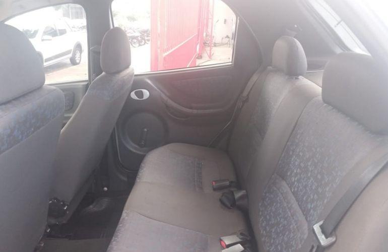 Chevrolet Celta 1.4 VHC 4p - Foto #8