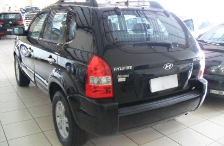 Hyundai Tucson GL 4x2 2WD 2.0 16V - Foto #9