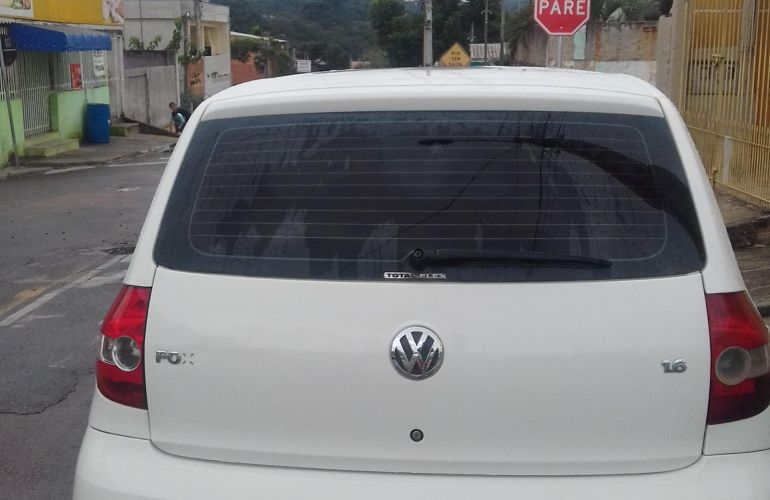 Volkswagen Fox Plus 1.6 8V (Flex) 2p - Foto #3