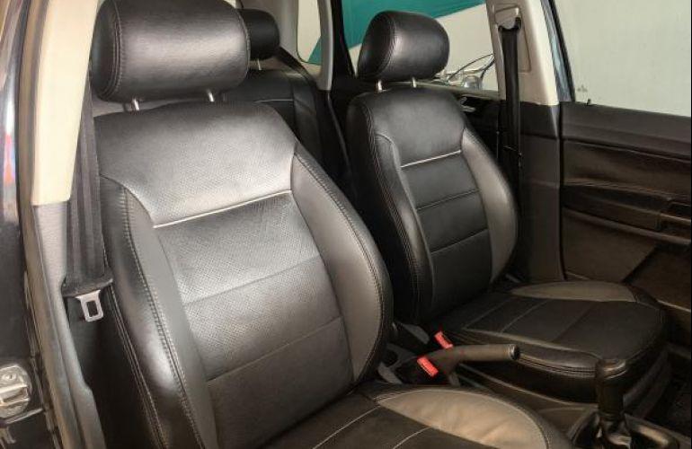 Volkswagen Polo Hatch. 1.6 8V - Foto #7