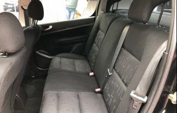 Peugeot 307 Hatch. Presence 1.6 16V - Foto #10